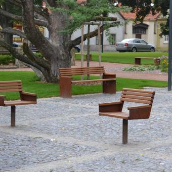 varianta otočné židle